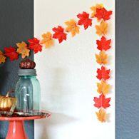 DIY Outdoor Fall Leaf Garland