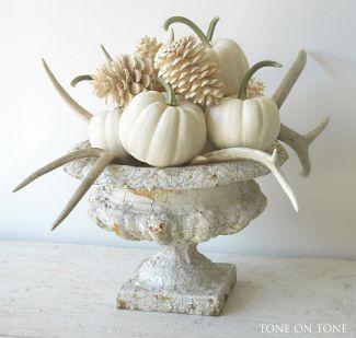 Fall Entry Way Decoration Ideas 11