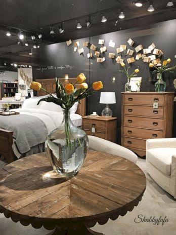 35 Stunning Magnolia Homes Bedroom Design Ideas For Comfortable Sleep 002