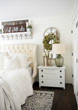 35 Stunning Magnolia Homes Bedroom Design Ideas For Comfortable Sleep 021