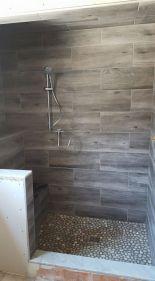 Amazing Rock Wall Bathroom You Need to Impersonate 39