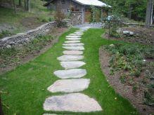 Garden Stepping Stones Walkway