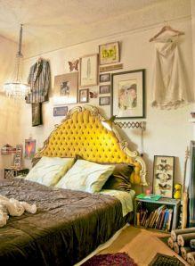 Incredible Yellow Aesthetic Bedroom Decorating Ideas 33