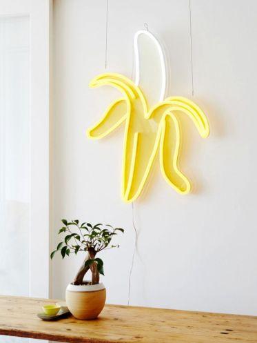 Incredible Yellow Aesthetic Bedroom Decorating Ideas 37