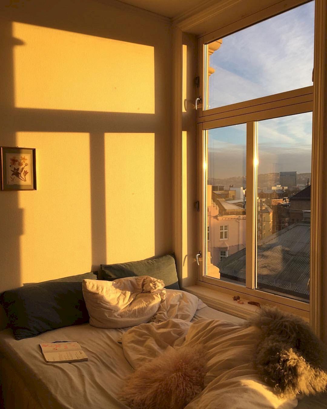 Aesthetic Bedroom: Incredible Yellow Aesthetic Bedroom Decorating Ideas 38