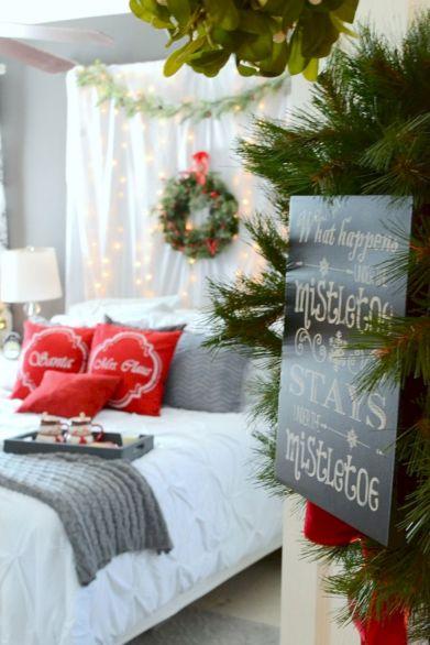 DIY Christmas Decor Ideas Bedroom