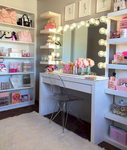 Glam Room Decoration Ideas 26