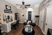 Glam Room Decoration Ideas 31