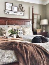 Rustic Farmhouse Style Master Bedroom Ideas 9