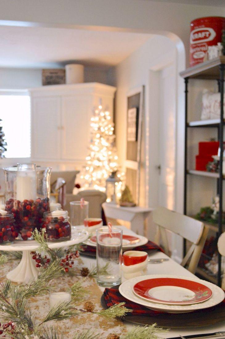 Farmhouse Dining Room Christmas Idea