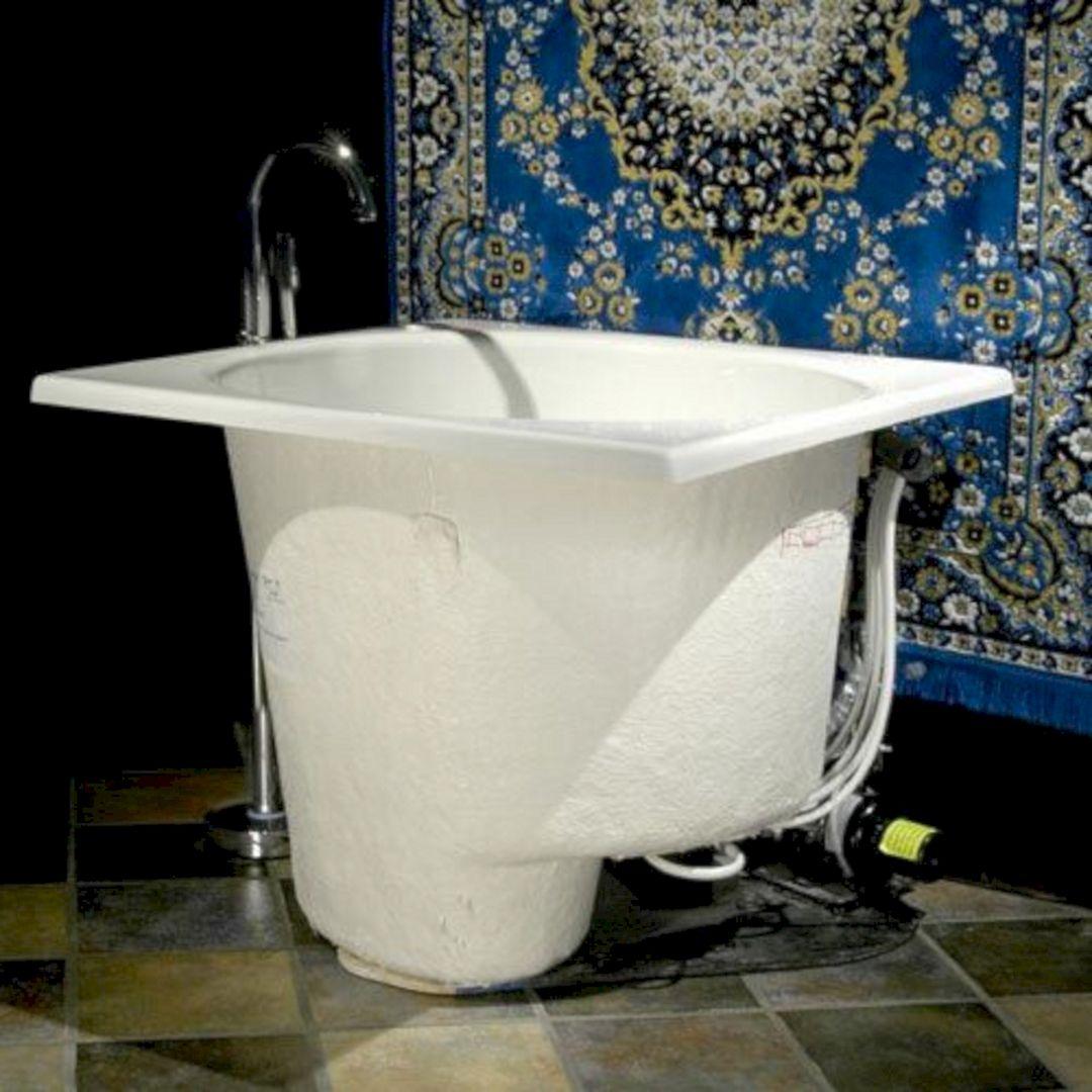 Japanese Soaking Tubs for Small Bathrooms - DECOREDO