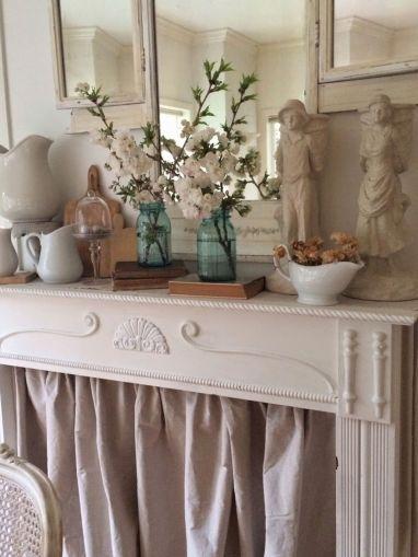 Decorating Farmhouse Style Mantels