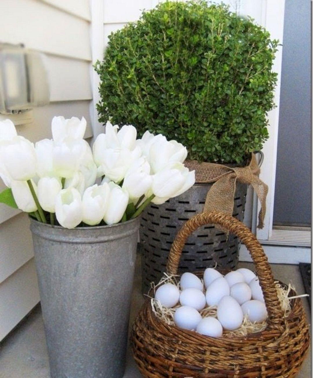 18 Spring Decor Ideas: Easter Front Porch Spring Decorating Ideas
