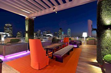 Modern Rooftop Patio