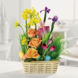 Easter Flower Arrangements As Your Table Decoration 120