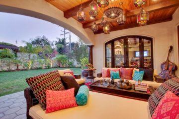 Moroccan Balcony Design Ideas 16
