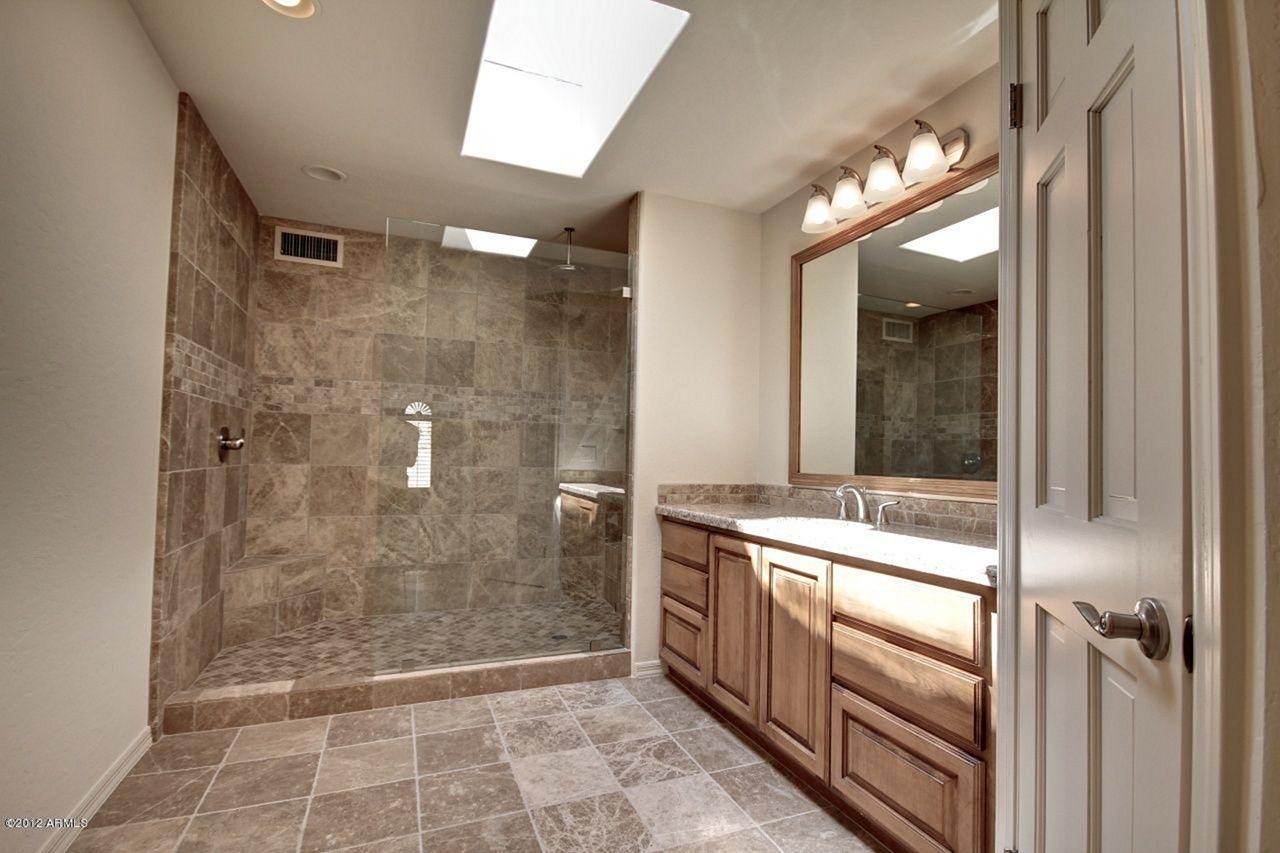 Small Full Bathroom Remodel Ideas 15