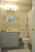 Small Master Bathroom Design 17