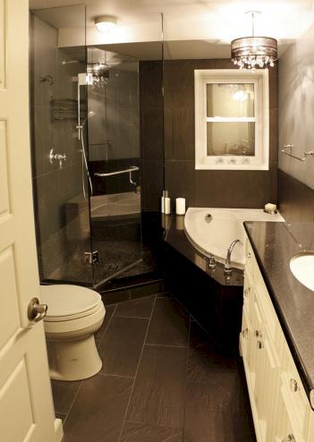 Small Master Bathroom Design 19