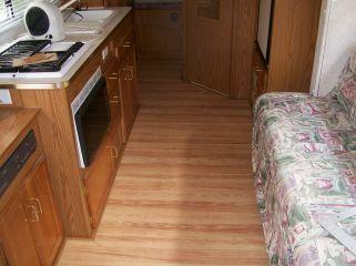 Wooden Flooring Ideas for RV 18