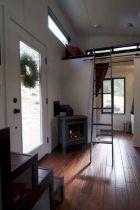 Modern Tiny House Interior 24
