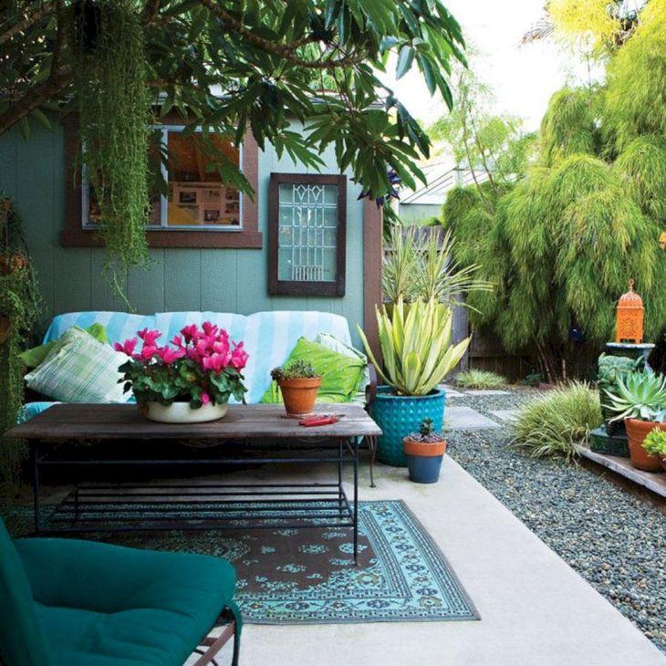 Small Outdoor Garden Decor Ideas 20
