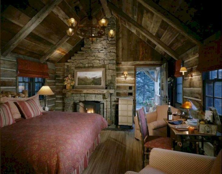 Tiny Cottage House Interiors 13