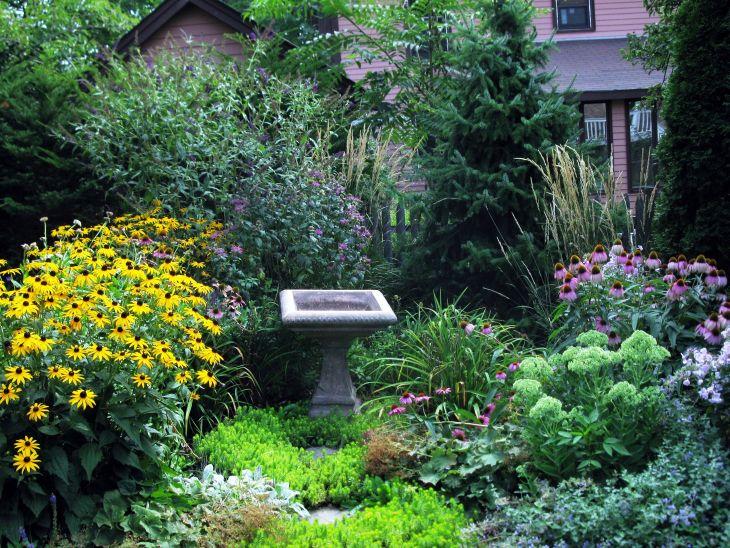 Small Perennial Garden Designs 16