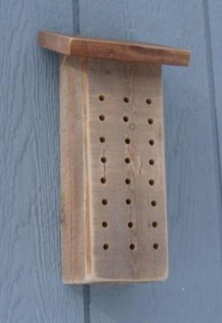 DIY Mason Bee House Design 19
