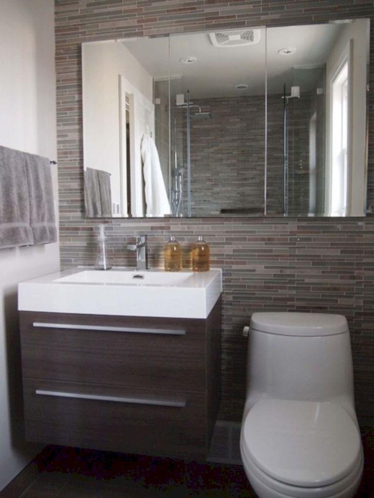 Small Bathroom Remodel Ideas 15
