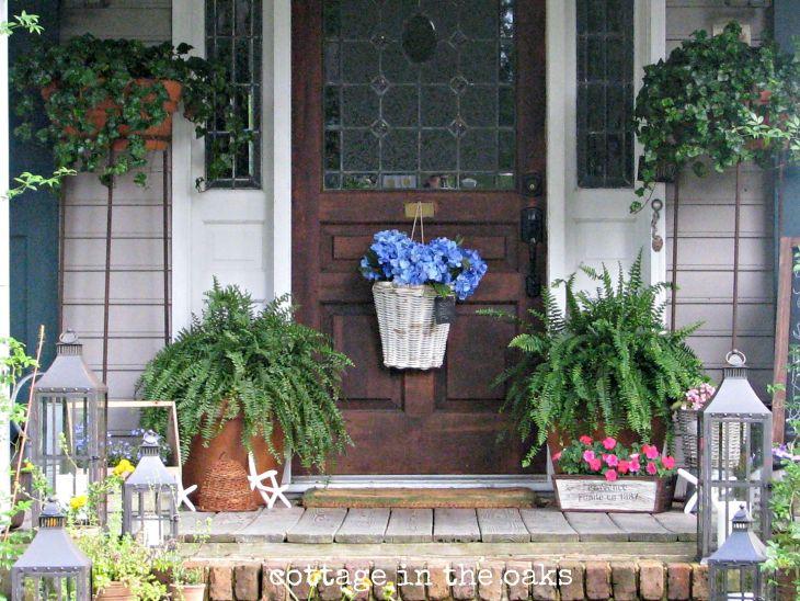 Summer Front Porch Decoration 1