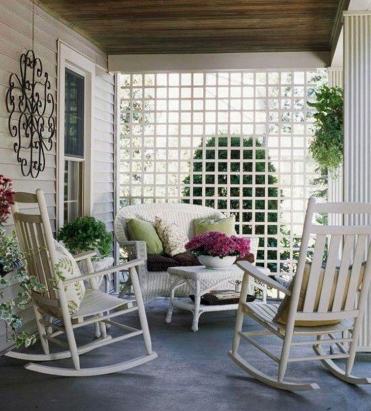 Summer Front Porch Decoration 11