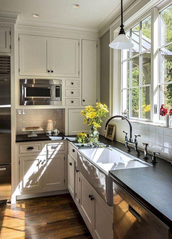 Farmhouse Kitchen Design Ideas 4
