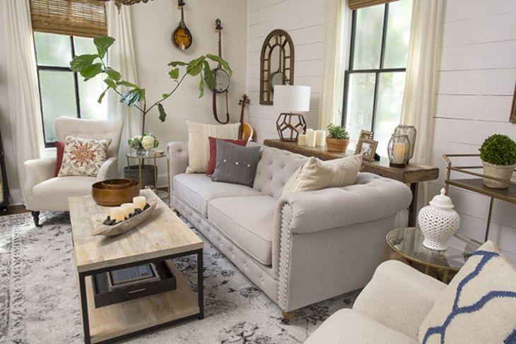 Living Room Farmhouse Decoration Ideas 19
