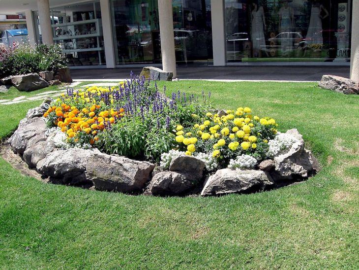 Beautiful Rock Garden 110