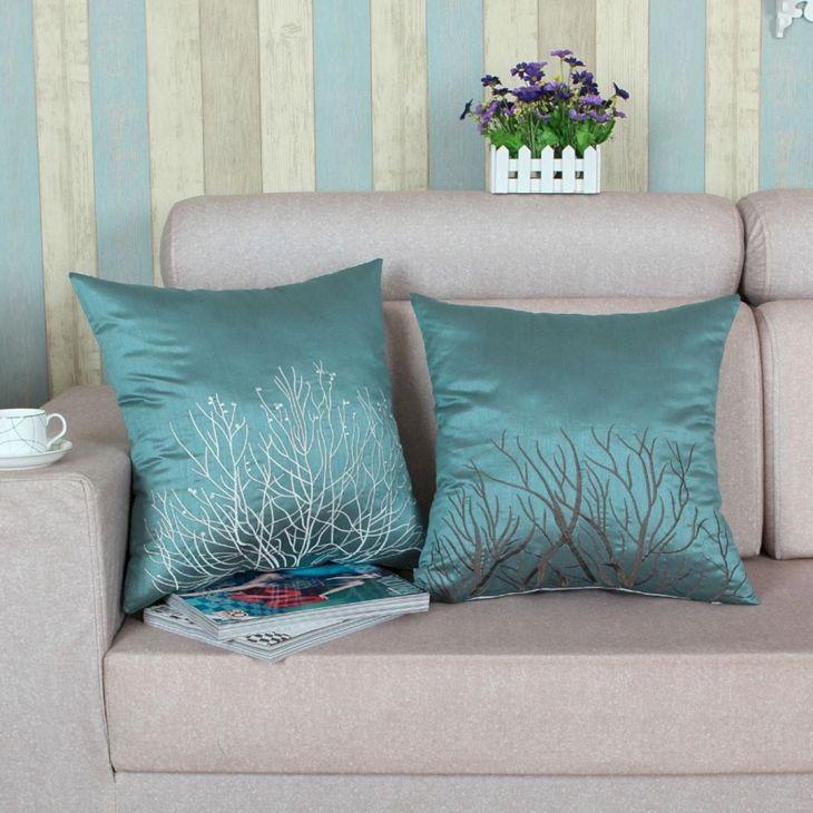 Living Room Pillow Ideas 281