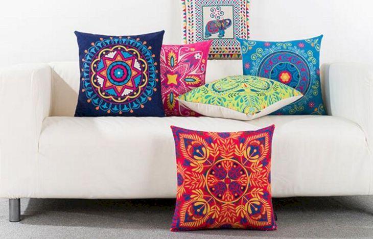 Living Room Pillow Ideas 61