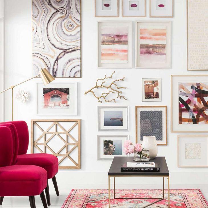 Living Room Wall Gallery Design 24