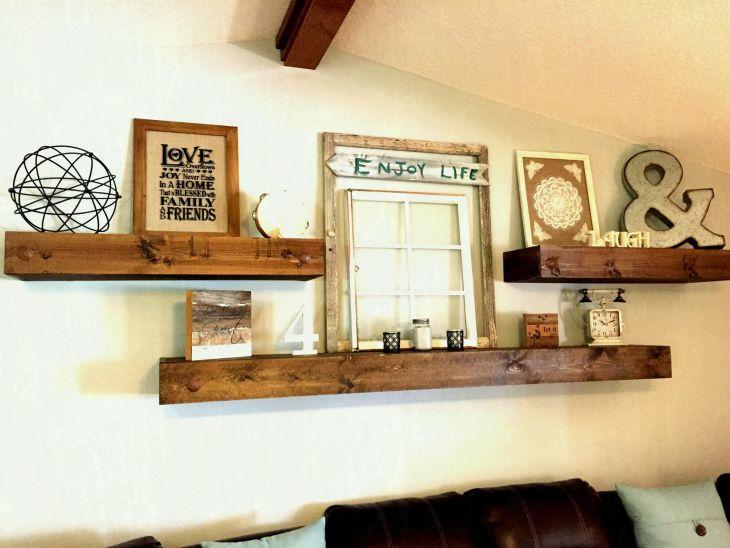 Living Room Wall Gallery Design 27