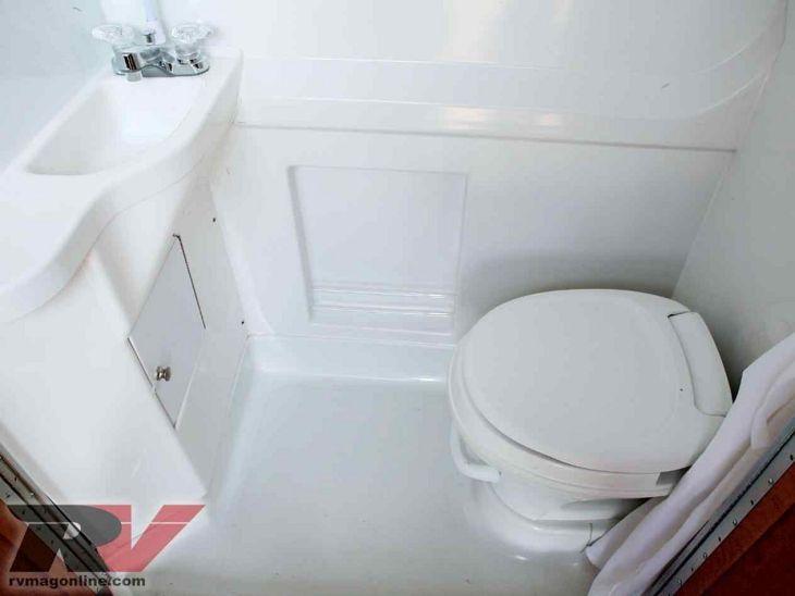 RV Bathroom Shower 06