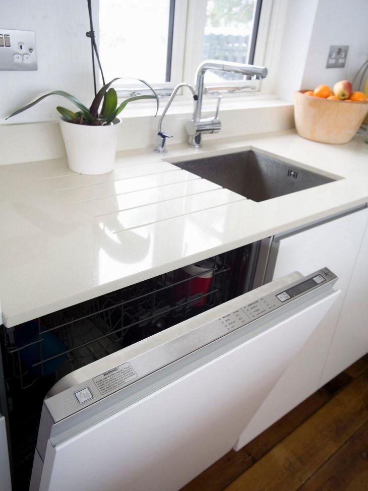 White Granite Kitchen 100