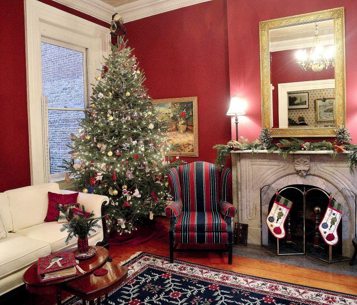 Living Room Christmas Decor 102