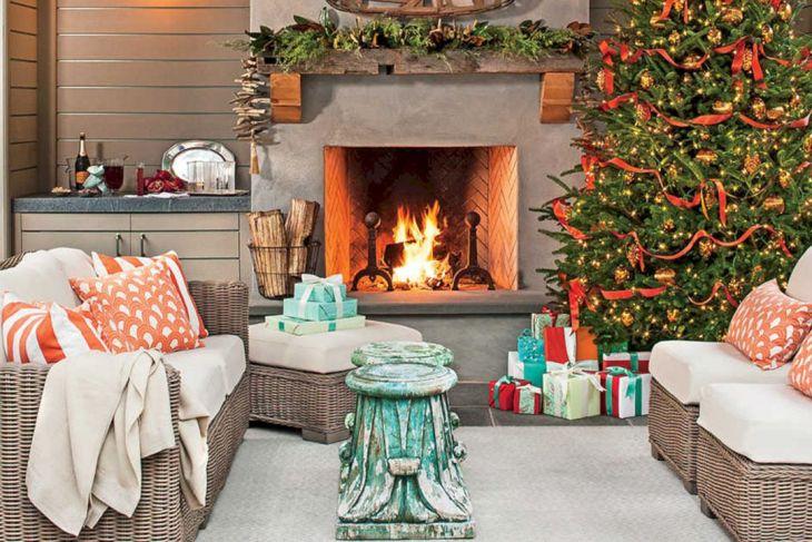 Living Room Christmas Decor 1023