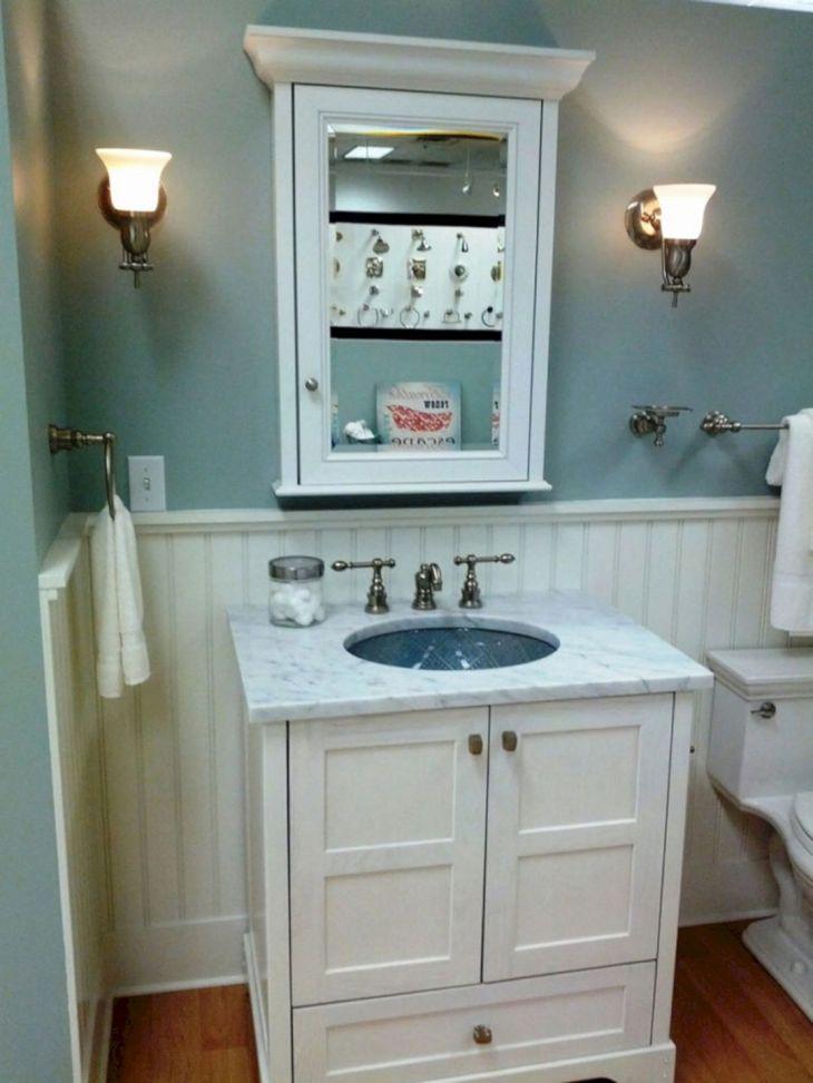 Vintage Style Tiny Bathroom Design Ideas