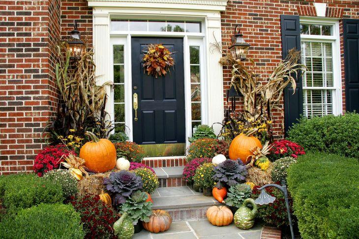 Front Yard Fall Decoration Ideas