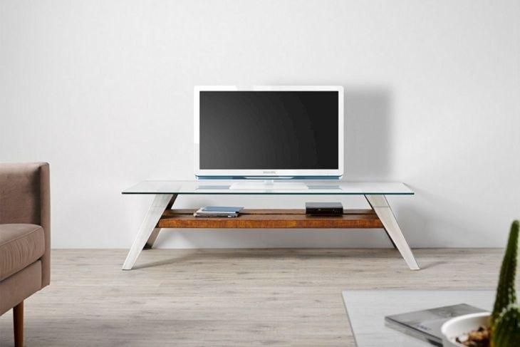 Scandinavian TV Table Ideas