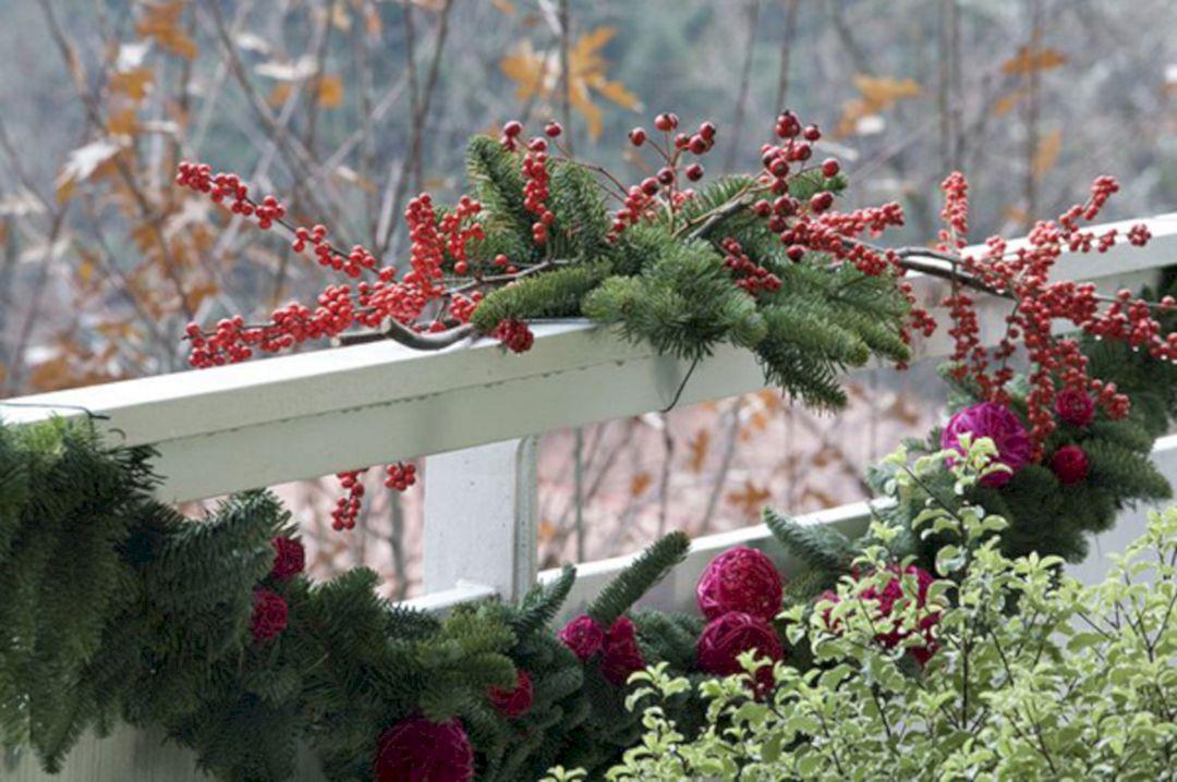 Best Christmas Balcony Ideas
