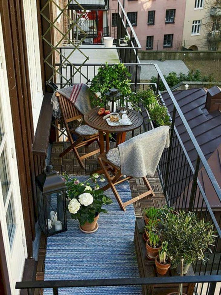 Vintage Apartment Balcony Ideas