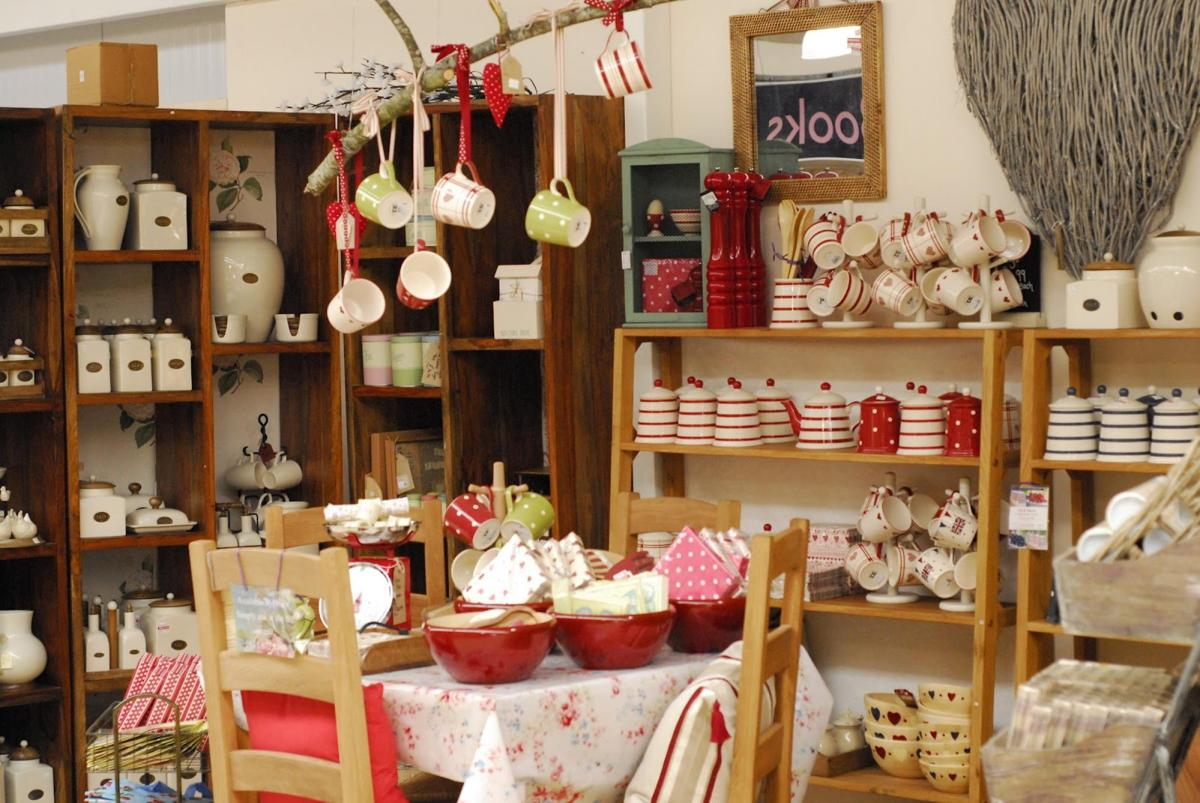 Country Kitchen Accessories and Decor Ideas 1