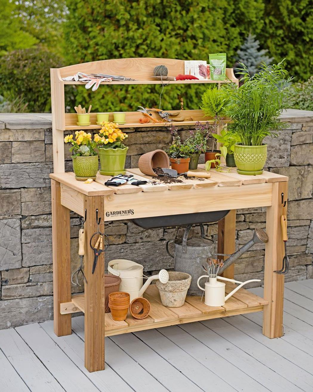 Outdoor Garden Potting Bench Design Ideas 13